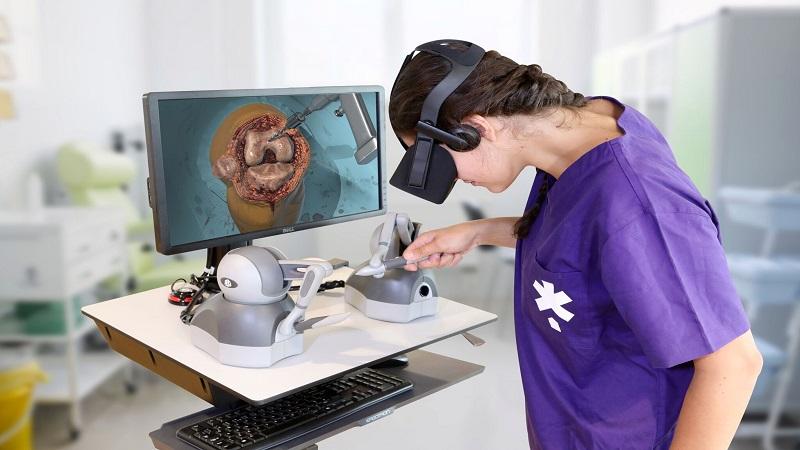 آموزش پزشکی با عینک های واقعیت مجازی