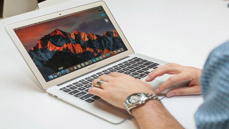لپ تاپ 13 اینچی MacBook Air 2017